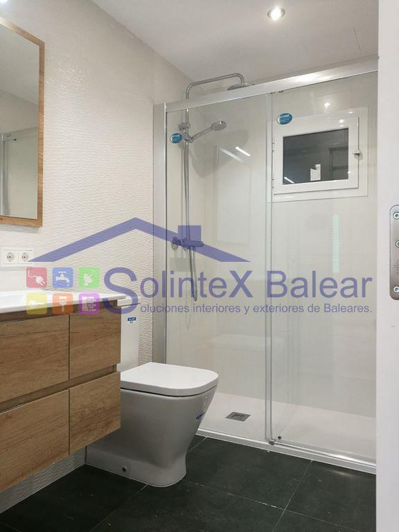 Instalación mamparas baño Mallorca