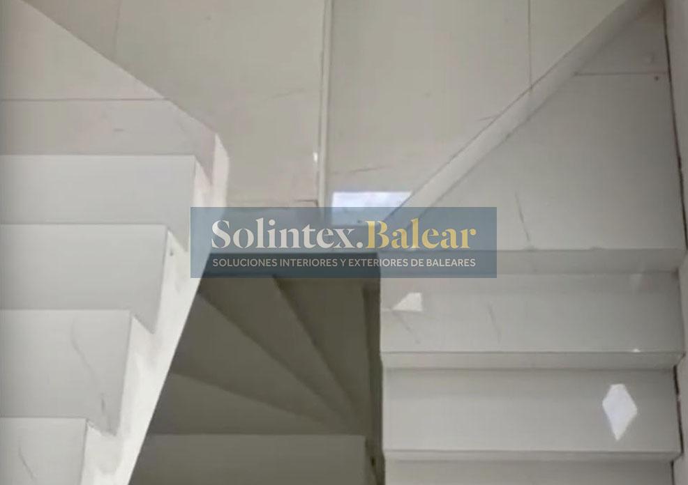 Embaldosado escaleras Mallorca